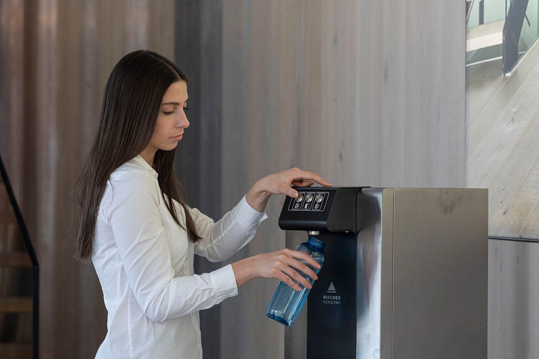 Wasserflasche auffüllen